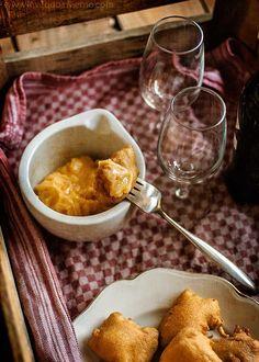 bunyuelos de bacalao Casa Labra, Chips, Cooking Recipes, Pudding, Fish, Chicken, Meat, Desserts, Fish Recipes