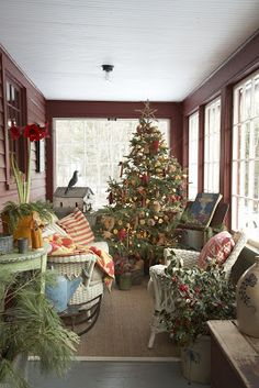 L ooking through some of my favorite country Christmas projects, I found this quintessential Country Living Magazine Christmas story that. Christmas Time Is Here, Christmas Porch, Prim Christmas, Country Christmas, Country Holidays, Magical Christmas, Christmas Pictures, Primitive Christmas Decorating, Christmas Decorations