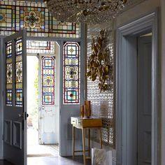 10 entradas decoradas en gris (y un antes/después increíble) · 10 grey foyers/entrance halls (plus a great makeover)
