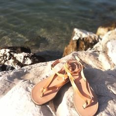 Have a nice week✌ #ippomare #sandals #model #monday #nefeli #nexttopmodel #Greece #Hellas  #handcrafted #handmade #natural #leather #genuine #genuineleather #holiday #vacation #summermood #summerfashion #summer #summeringreece #sea #sun