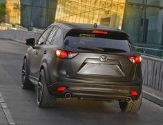 Mazda Urban - flares and exhaust Sporty Suv, Mazda Cx5, Full Throttle, Car Pictures, Car Pics, Fuel Economy, Cars And Motorcycles, Photo Galleries, Presents