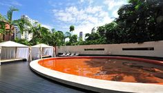 Só ideias de piscinas de cores diferentes