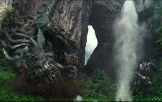 Transformers: Age of Extinction Teaser Trailer is EPIC! Watch this awesome scene and find out what cars will feature. Click to view!