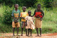 Volunteer in Rwanda Precious Children, Beautiful Children, Gorilla Trekking, Mountain Gorilla, Western World, African Tribes, African Animals, Child Love, People Around The World
