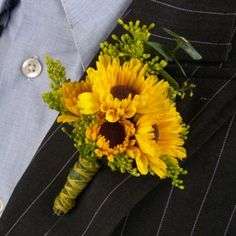 Sweet little Viking Pom corsage or bout. Love these for a sunflower themed wedding