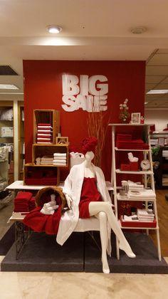 Visual Merchandising Display Home Linen Towel Metropolitan Retail Mart Jakarta #vmpoint #towel #creative #display