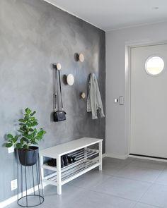 Scandinavian Home muuto dots Hallway Decorating, Entryway Decor, Interior Design Living Room, Living Room Decor, Hall Interior, Decoration Hall, Flur Design, Scandinavian Home, Interior Inspiration