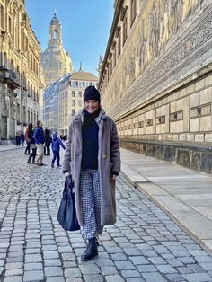 Dresden, Neue Outfits, Beautiful, My Style, Winter, Royal Blue, Easy, Blog, Holiday