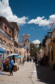 Calle de Humahuaca, Jujuy, Argentina.  Photo: Gastón S., via Flickr
