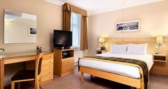Hilton London Hyde Park Hotel - Accessible Double Deluxe Room