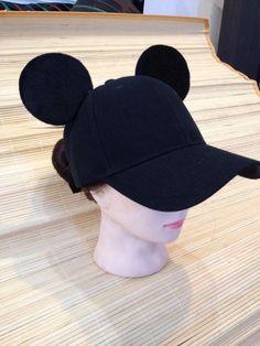 This item is unavailable Diy Disney Ears, Disney Diy, Disney Crafts, Disney Trips, Mickey Mouse Ears Hat, Minnie Mouse, Disney 2017, Cat Ears Headband, Adventures By Disney