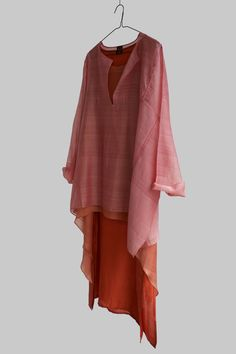 Kaftan Kurti, Kaftans, Ethnic Fashion, Kimono Fashion, Fashion Outfits, Dress Cuts, I Dress, Kurta Patterns, Contemporary Clothing