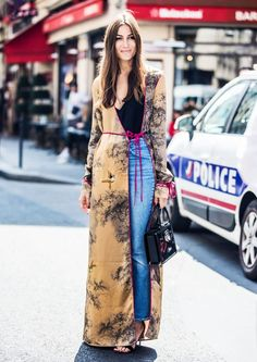 Winter / Fall Fashion Prediction: These Street Style Trends Will Be Huge at Fashion Week via Look Fashion, Street Fashion, Autumn Fashion, Fashion Outfits, Womens Fashion, Fashion Trends, Woman Outfits, Hippie Fashion, 90s Fashion