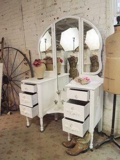 white chabby chic furniture, vanity table | Painted Cottage Chic Shabby White Romantic Vanity