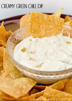 Creamy Green Chile Dip (plus a bunch more Tex-Mex Inspired Dishes for Cinco de Mayo) Bread Appetizers, Easy Appetizer Recipes, Yummy Appetizers, Snack Recipes, Cooking Recipes, Mexican Appetizers, Keto Snacks, Easy Recipes, Mexican Dip Recipes