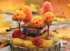Best 12 Little felt house – Page 372602569169452672 Needle Felted Animals, Felt Animals, Felt Crafts, Diy And Crafts, Felt House, Needle Felting Tutorials, Felt Fairy, Wet Felting, Soft Sculpture