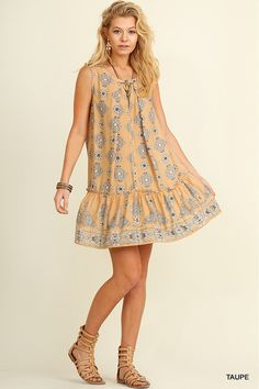 @knittedbelle #knittedbelle Sleeveless Key Hole Print Dress