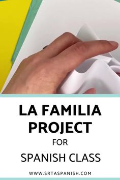 Family words are one of those things everyone has to cover, whether you teach with a textbook or not. Here's a quick idea for practicing la familia vocabulary! Check out this FREE download for a final project, test, assessment, or just a review of family vocabulary for your unit! Spanish Classroom, Teaching Spanish, Sentence Prompts, Middle School Spanish, Spanish Lesson Plans, Spanish 1, Class Activities, Printed Pages, Word Families