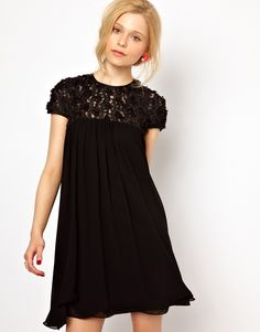 04c5cbed8b vestido-negro-asos Flower Applique