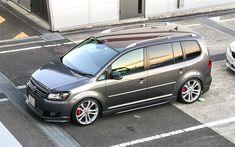 壁紙をダウンロードする フォルクスワーゲンTouran GTI, 4k, チューニング, VW Touran, ドイツ車, フォルクスワーゲン