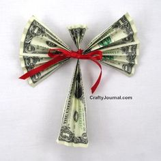 Dollar Bill Angel Craft | Looking for monetary gift ideas? Make money angels using cash. It's a creative way to give cash this Christmas.