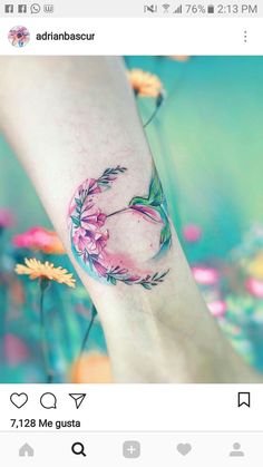▷ 1001 + Ideas for tattoo on the foot, ankle or on the calf … – Tattoo Designs Diy Tattoo, Tattoo Ideas, Pretty Tattoos, Beautiful Tattoos, Awesome Tattoos, Hummingbird Tattoo Watercolor, Watercolor Tattoos, Hummingbird Flower Tattoos, Watercolor Bird