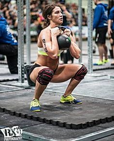 A picture of Andrea Ager. This site is a community effort to recognize the hard work of female athletes, fitness models, and bodybuilders. Kettlebell Circuit, Kettlebell Training, Kettlebell Swings, Kettlebell Deadlift, Crossfit Women, Crossfit Gym, Crossfit Athletes, Muscle Girls, Bodybuilding Motivation