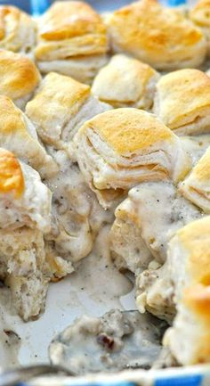 Biscuits and Gravy Casserole - A different take on traditional biscuits and gravy, this easy breakfast casserole is a fun way to mix things up! Plus the BEST tip for lump-free gravy, every time! Breakfast Casserole Easy, Easy Casserole Recipes, Breakfast Dishes, Best Breakfast, Breakfast Recipes, Breakfast Ideas, Casserole Ideas, Casserole Dishes, Breakfast Biscuits