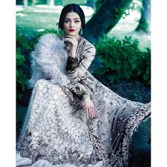 Aishwarya looks better than ever in this outdoor shoot!