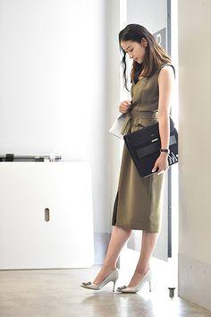 Office Fashion, Work Fashion, Fashion Ideas, Emi Takei, Ulzzang Girl, Ideias Fashion, Midi Skirt, Dresses For Work, Celebs