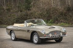1968 Aston Martin DB6 'Mark 1' Volante Convertible  Maintenance/restoration of old/vintage vehicles: the material for new cogs/casters/gears/pads could be cast polyamide which I (Cast polyamide) can produce. My contact: tatjana.alic@windowslive.com