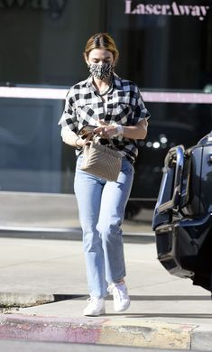 Celebrity Casual Outfits, Oufits Casual, Suzy Bae Fashion, Lucy Hale Outfits, Lucy Hale Style, Accesorios Casual, Western Wear, Blouse Designs, Korean Fashion