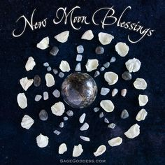 Happy New Moon in Cancer We're embracing this water energy big-time with raw emerald, moonstone, labradorite, and white rose petals. Share your altar below and let us know what's on it! Moon Star Tattoo, Star Tattoos, Chakra Meditation, Chakra Healing, New Moon Rituals, Capricorn Moon, Cancer Moon, Healing Stones, Healing Crystals