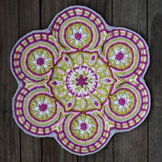Crochet Overlay Mandala  No. 3 Pattern PDF in English