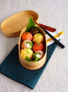 R journal: Bento/ Lunchbox - Sushi