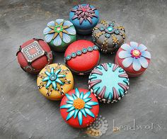 Pillboxes covered with polymer clay >> pretty!