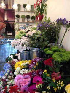 Inside the shop in summer. www.flowerstudioshop.co.uk