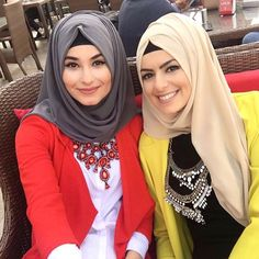 Love it Glamorous - Pemuja Wanita Arab Fashion, Muslim Fashion, Modest Fashion, Fashion Dresses, Muslim Girls, Muslim Women, Turban, Bff, Hijab Trends