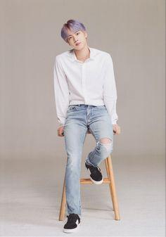 jin 2019 x weverse Seokjin, Hoseok, Jin Kim, Bts Jin, Bts Bangtan Boy, Foto Bts, Bts Photo, V And Jin, Army Room