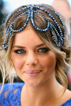 via Sprichst du Prada? - via Sprichst du Prada? Boho Headpiece, Headdress, Vintage Headpiece, Headpiece Jewelry, Headpiece Wedding, Boho Wedding, Scene Hair, Bijou Box, Prada