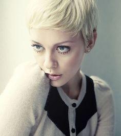 20 spritzige Ideen für kurzes blondes Haar | http://www.neuefrisur.com/kurzhaarfrisuren/20-spritzige-ideen-fur-kurzes-blondes-haar/1020/