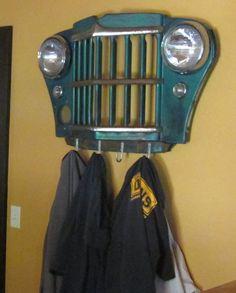 goose-grille-clothes-hanger