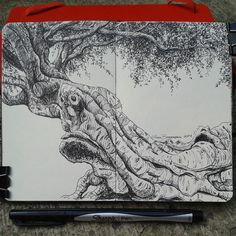 Tree . Lidia Barragán. #moleskine #sketch #tree