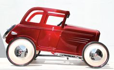 Hot Rod Pedal Cars for the Ford Deuce Anniversary - The Hot Rod pedal cars for the Ford Deuce anniversary may look like miniature cars, but surprisingly enough these collectible cars are meant for pe. Buick, Miniature Cars, Roadster, 1932 Ford, Motor Scooters, Power Cars, Kids Ride On, Ride On Toys, Pedal Cars