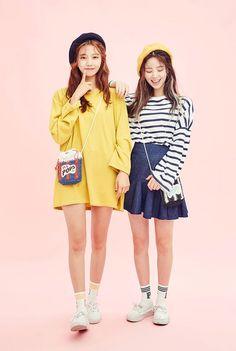 korean fashion casual street yellow coat strip skirt navy blue cute beret white sneakers