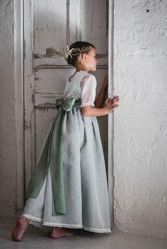 Trajes de comunion. Vestidos de comunion 2017