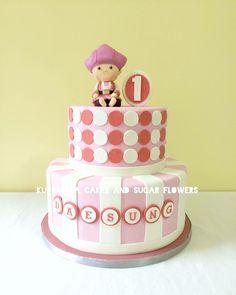 Holistic medicine cabinet vegan birthday cake Birthday Cake