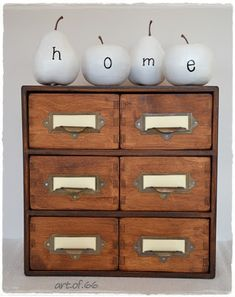 Moppe Ikea made 'antique'