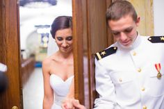 Lauren & Josh Married! USNA wedding photographers in annapolis Naval Academy wedding photos photographers » Wedding Photographers in Maryland – Frederick MD Wedding Photographers