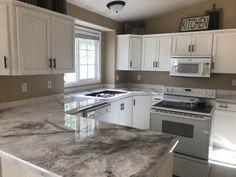 White Cabinets White Countertops, Countertop Makeover, Resin Countertops, Kitchen Countertops, Diy Kitchen Remodel, Diy Kitchen Cabinets, Kitchen Ideas, Kitchen Reno, Kitchen Remodeling